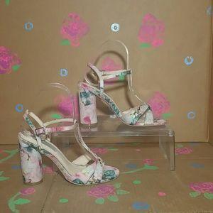 Betsey Johnson Luisa Floral Sandals 6B